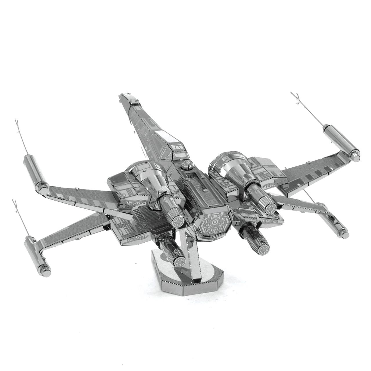 Fascinations Metal Earth Star Wars Model Kit Classic X-Wing /& Poe Dameron X-Wing